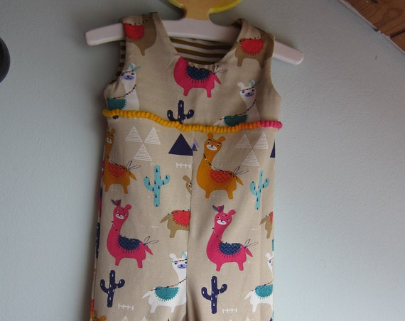 I love guanacos, alpakas baby rompers size 9-12