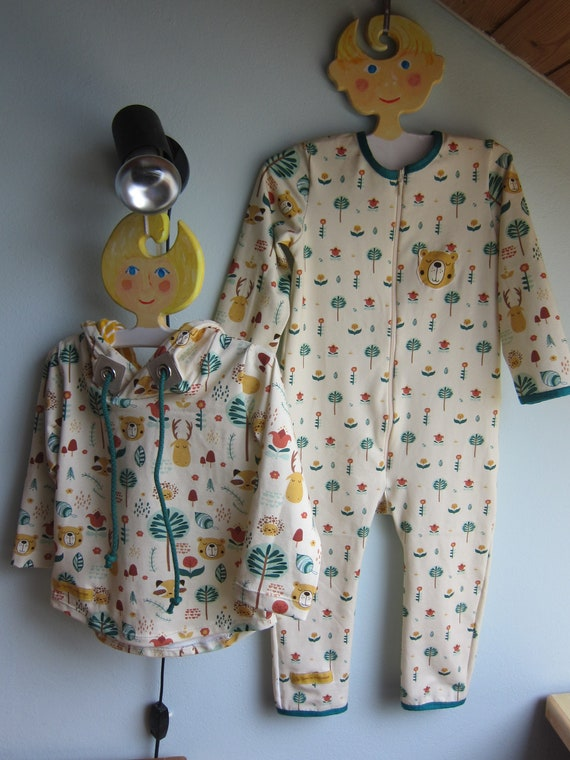 Autumn body, size 12 mo, Jumpsuit, Autumn rompers creme / green jersey, ecological fabric
