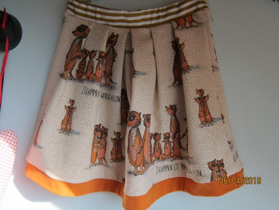 "Girl's skirt, summer skirt, Meerkats ""Together one is less alone"", size 7 (116)"