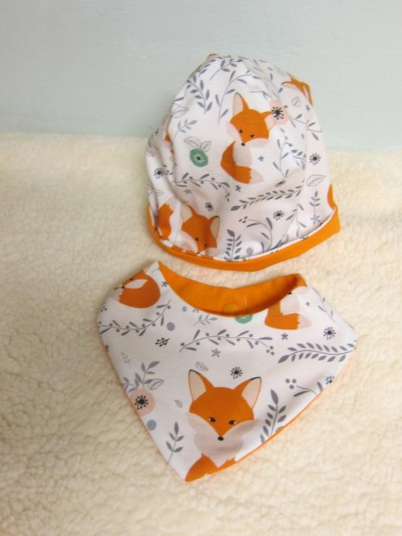 Newborn Baby set with beanie and reversible bib Foxes in orange
