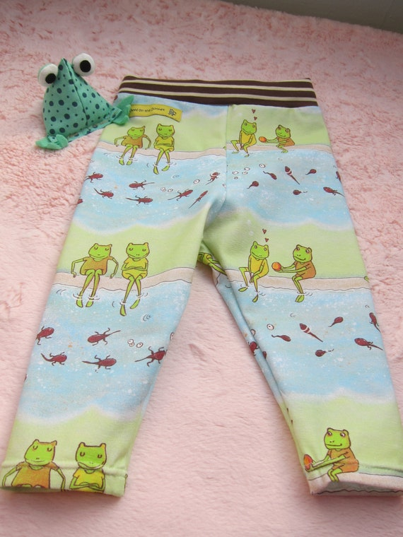 Frogs in love baby leggings with striped brown waistband leggings, in 3 mo German 62-68, Spring collection