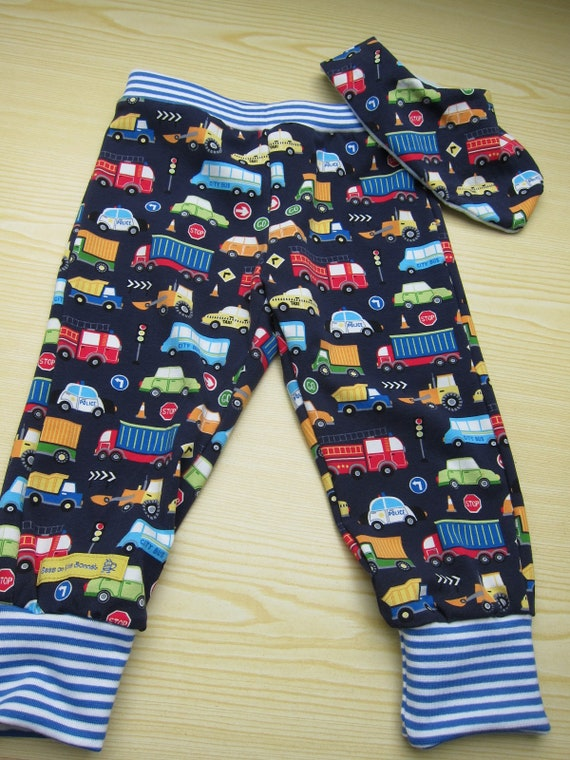 Lorries, trucks and cars baby bloomers pants, beanie, organic reversible bib set, cars, Handmade, Made to Order, Size 80