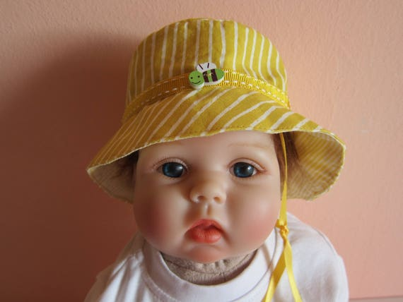 Reversable Baby sunlit yellow striped  sun hat,  Bee on the Bonnet , Child's Sunhat  0-3 Mo