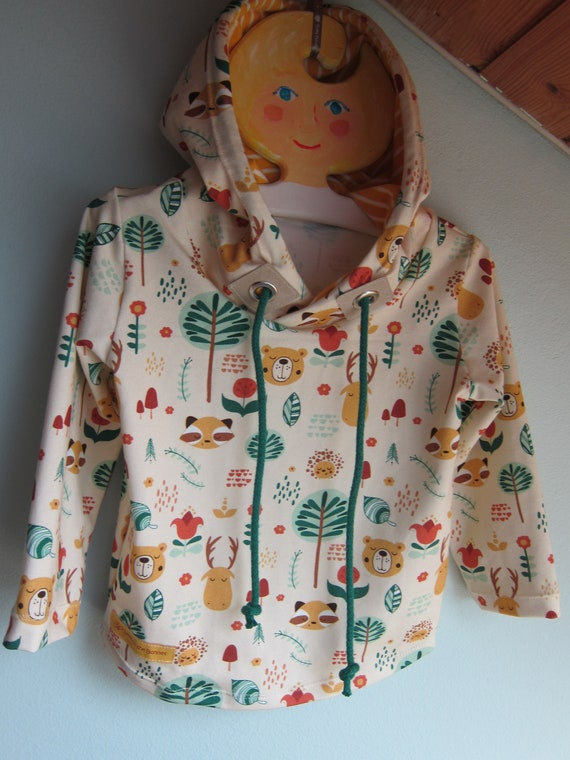 Autumn jersey hoody, forest creatures, deer, bear, racoon with Bio Jersey in fall colors. 18-24 mo  (EU 86)