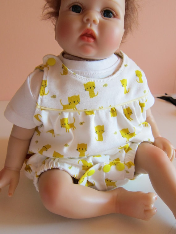 Summer Rompers, Sunsuit, Baby Body yellow cats organic Jersey size: 9-12 Mo.