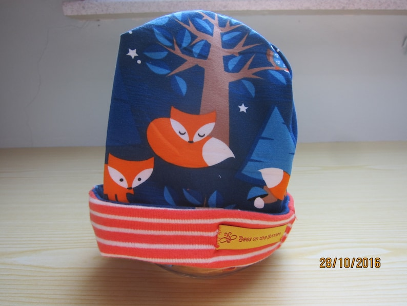 Night Foxes Beanie hat jersey cap image 0