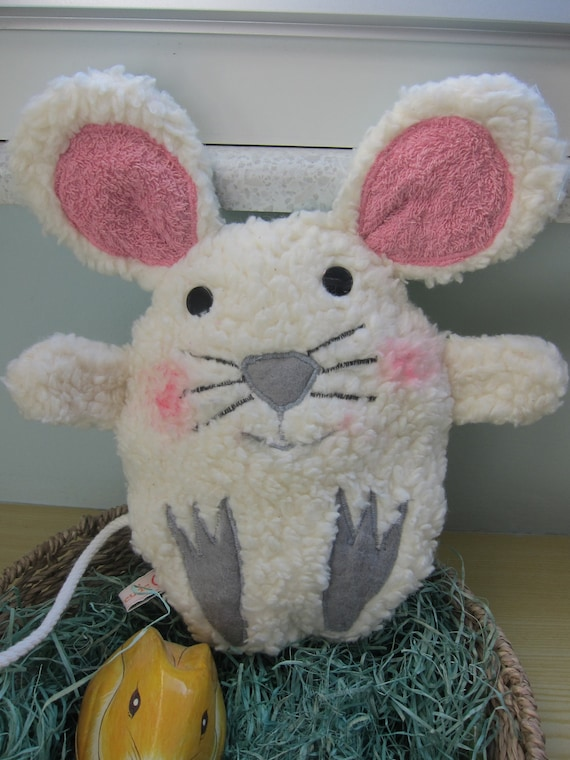 Egg with surprise mouse, Stuffed Animal called Mousie, Easter mouse, 7.5 x 6 in, Easter decoration, Patchwork,  Spring