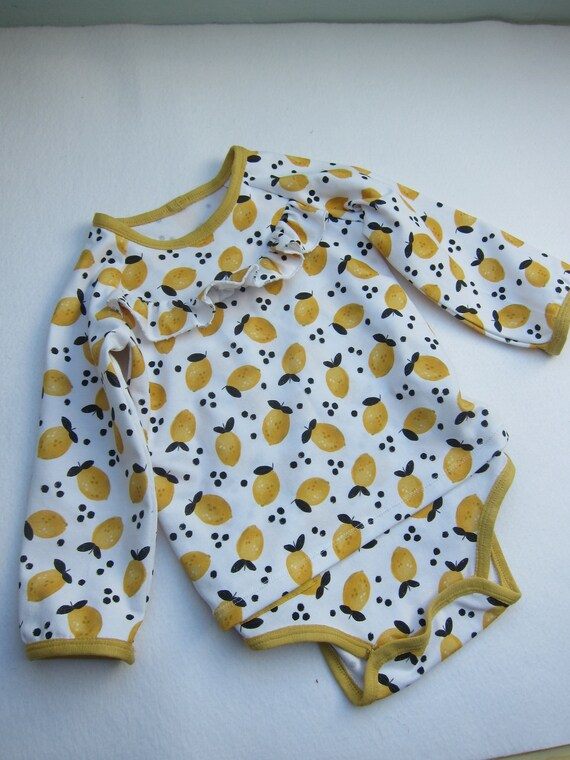 Ruffeled sleeved Baby Body with dress in frische lemon design organic Jersey size: 3 Mo, (Eu 56) Spring, Body suit, baby suit, onsie