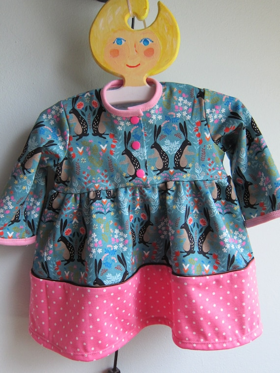 Longarm Tunica in Russian Bunny motive jersey dress for Girls US size 6-9 mo, Size 68, dress with rabbits and pink border, Easter, Spring