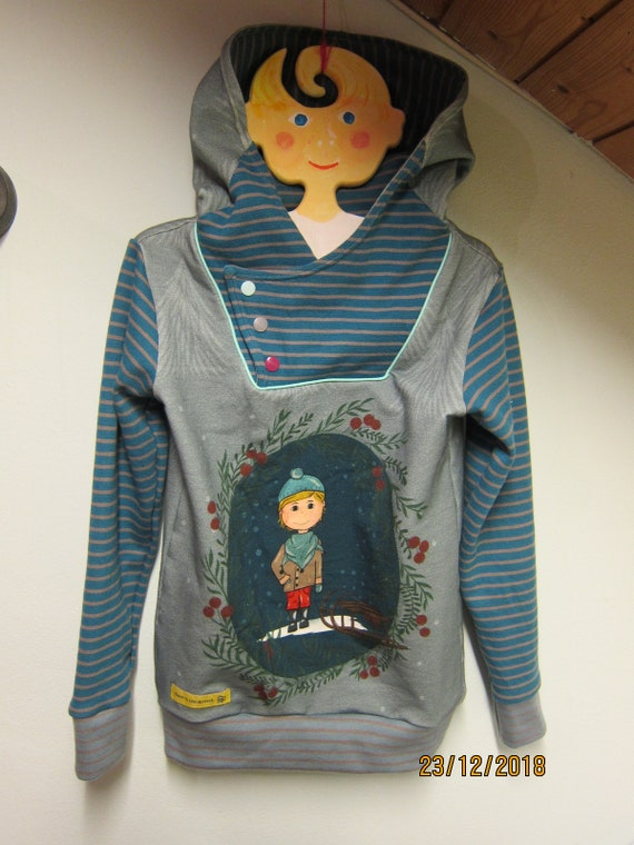 Autumn boys sweat Pullover with Hood, boy's Hoody with Bio Jersey in blue grey colors. US size 5-6 (EU 110)