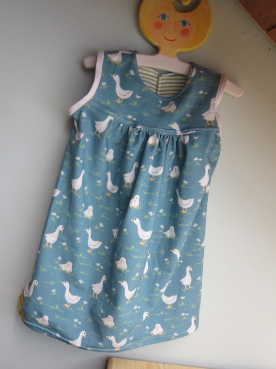 Girl's Spring birds jersey dress  with either flamingos or geese,  US size 18 mo, girl's tunica