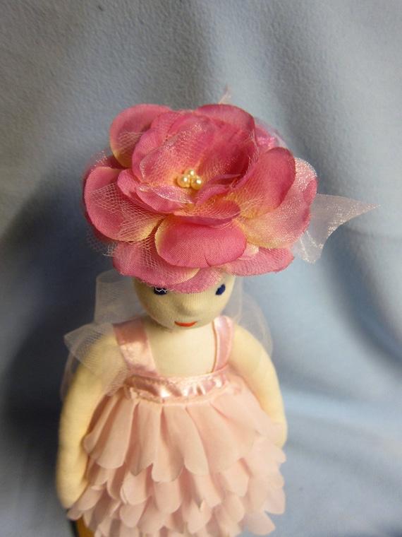 Flower Petal Fairy Doll, Rosalie Rose Fairy, Fay, Flower girl doll, Soft doll in Waldorf Stil, 11,5