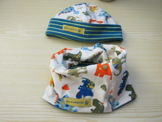 Dino  Beanie, jersey hat, jersey cap and loop scarf