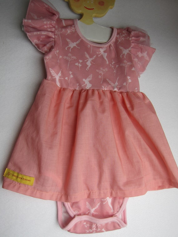 Ruffeled wing-sleeved Baby Body  pink dress in Fairy design organic Jersey size: 12 Mo, Spring, Body suit, baby suit,