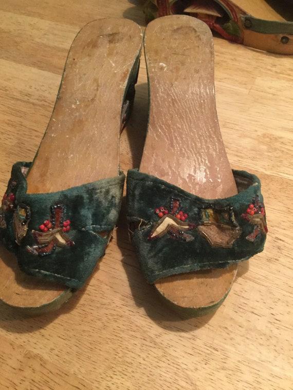 1940s sandals green