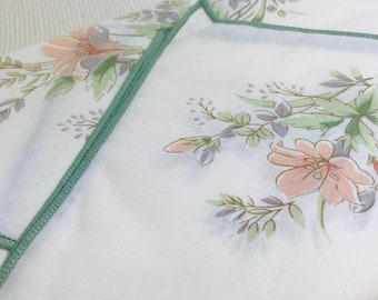 Vintage Napkin Set Debenhams 80s Retro Floral Napkins Green and Blush Decorative Table Linen Set Unused