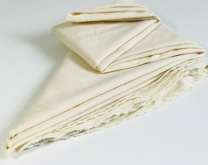 Large Vintage Round Cream Tablecloth | Vintage Mid Century Linen