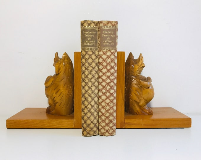 Wooden Novelty Bookends | Vintage Bookends | Woodland Theme Decor | Nursery Room Decor | Carved Beaver or Hedgehog Bookends