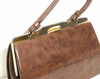 Vintage Brown Faux Leather Handbag circa 1960s with Original Bakelite Clasp and Single Strap Handle | 50s 60s Women's Fashion Accessory