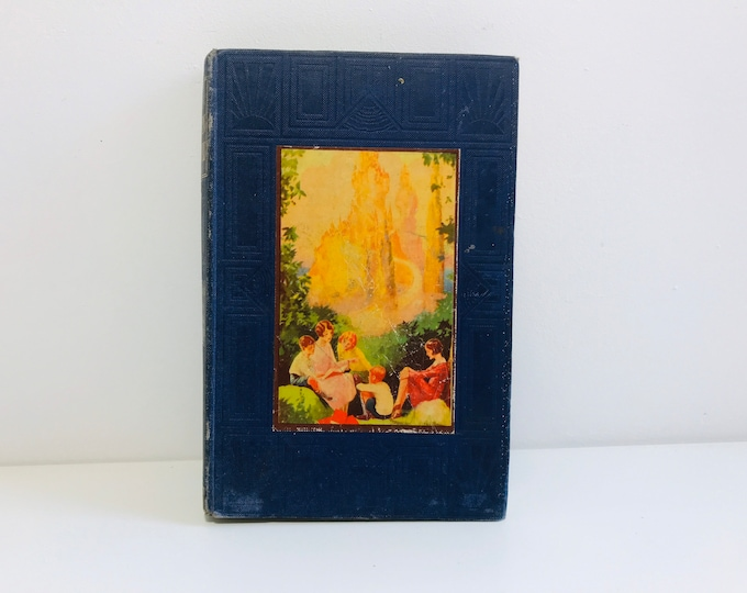 The The Golden Pathway to a Treasury of Knowledge Book 5, Famous Fiction and Historic Facts - Decorative Book Cover