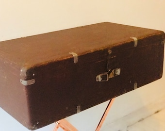 Brown Wooden Trunk | Vintage Photo Prop | Coffee Table Project