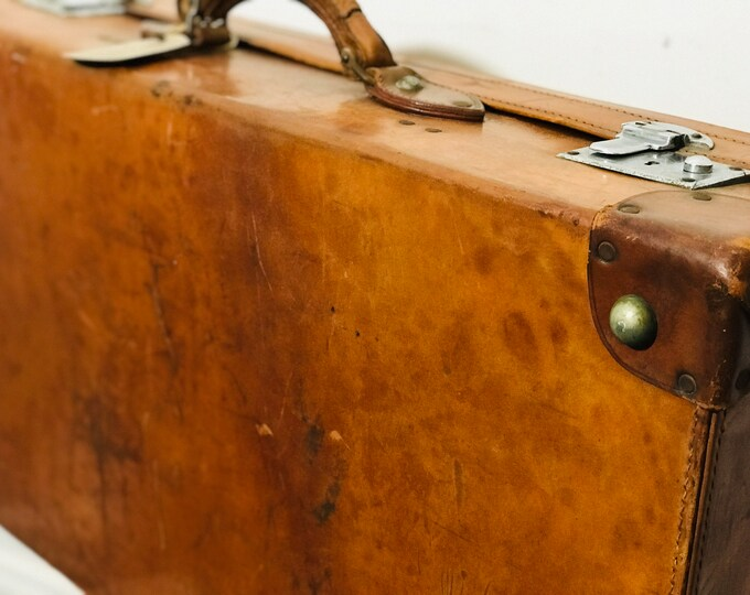 Burnt Orange Tan Antique Leather Motoring Suitcase | Quality Designer Style Antique and Vintage Luggage | Gentleman's Luggage