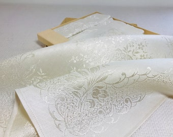 Vintage Napkin Set of 4 Sateen Damask Napkins Boxed Cream Decorative Table Linen Set Unused