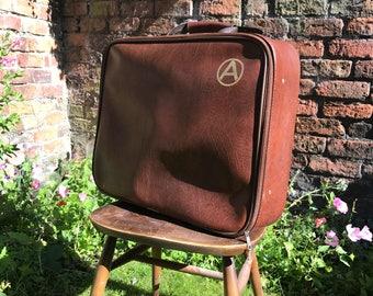 Brown Retro Suitcase | Retro Suitcase | Mad Men Cosplay | 1960s - 70s mod bag | Brown Vintage Luggage | Brown Case | Brown Retro Case