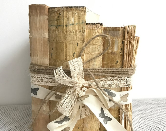 Rustic Book Decor | Old Books Decor | Shabby Chic Books | Wedding Decor | Rustic Decor | Decorative Books | Uncovered Books | Old Books