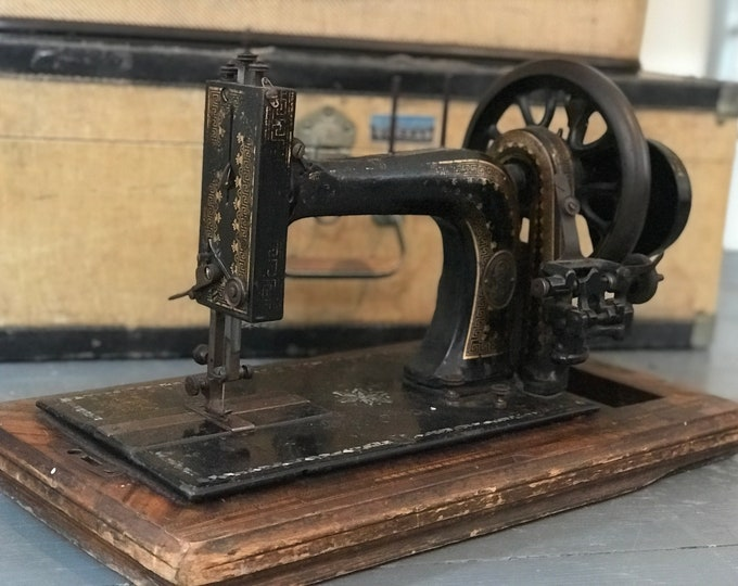 Antique Sewing Machine Decorative with Mother of Pearl Inlay and Boxed Hand Crank Old Antique Style Tailors Machine for Interior Decor