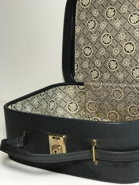a48e739c897f Vanity Case Vintage Luge Small Black Suitcase Makeup Bag Gallery Photo