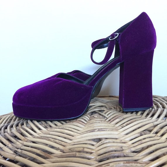 Vintage Purple Velvet Platforms Heels Shoes 90s do