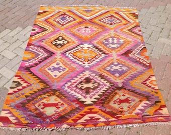 Turkish Kilim rug, area rug, rug, vintage rug, bohemian rug, Turkish rug, bright rug, Turkish, rug, colorful rug, boho rug, pink rug, 582