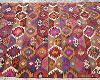 """Kilim rug, Vintage Turkish kilim rug, 111"""" x 64"""", area rug, kilim rug, Pale area rug, vintage rug, bohemian rug, rugs, faded kilim rug, 433"""