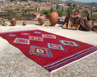 """Red Kilim rug, Vintage Turkish kilim rug, 103"""" x 62"""", area rug, kilim rug, kelim rug, vintage rug, bohemian rug, Turkish rug, rugs, red,766"""