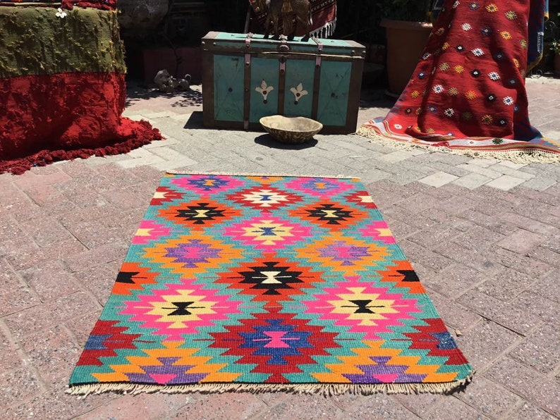 pink kelim rug small kilim Vintage Turkish kilim rug small rug purple 48 x 32 bohemian rug kilim rug Turkish colorful area rug