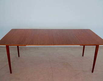 Stunning U0026 Sleek 1960u0027s Mid Century Modern Dining Table In Walnut By Walter  Of Wabash   Professionally Refinished!