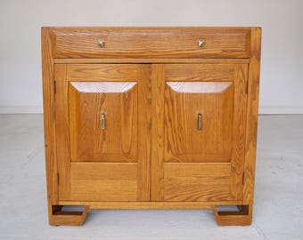 Incredible Vintage 1940u0027s Designer Cabinet In Solid Oak By The Jamestown  Lounge Company   Very Rare W/ Beautiful Design!