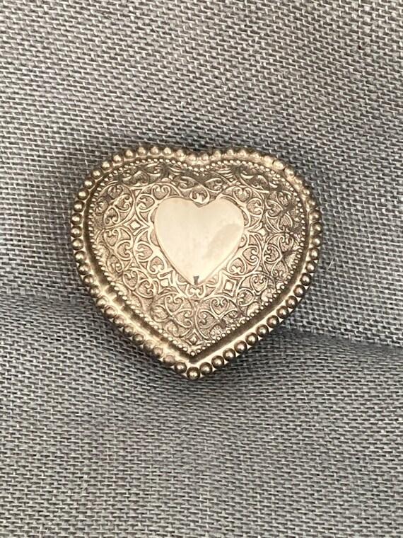 2.5 Enamel Flower Jewelry Box Vintage 1960s Lidded Metal Mesh Trinket Box Filigree Design Silver Plated