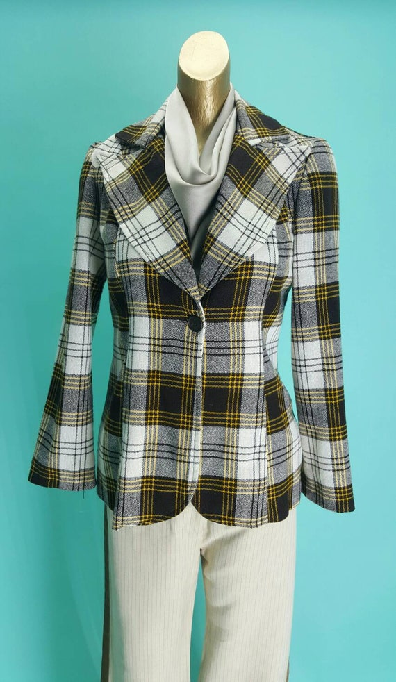 Stunning 1970s plaid and check statement collar ja