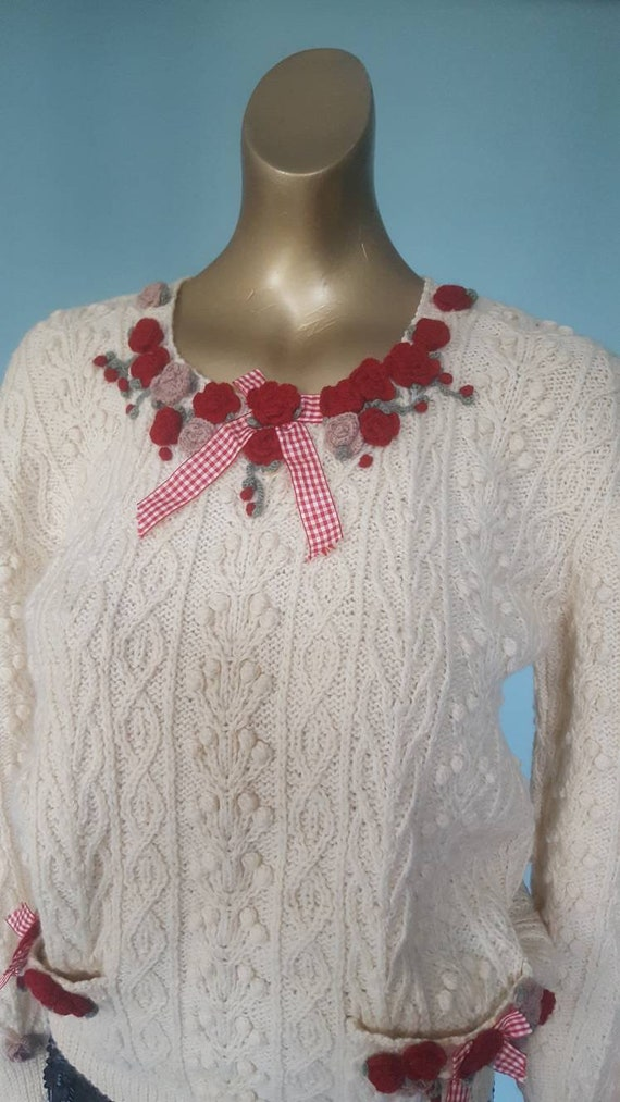 Stunning cable knit aran and embroidered flower ju