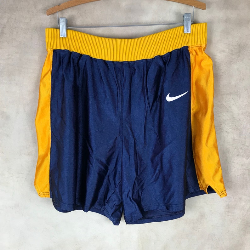 aa9ef8dcfe Vintage Nike Made in the USA Size XL Extra Large Nike