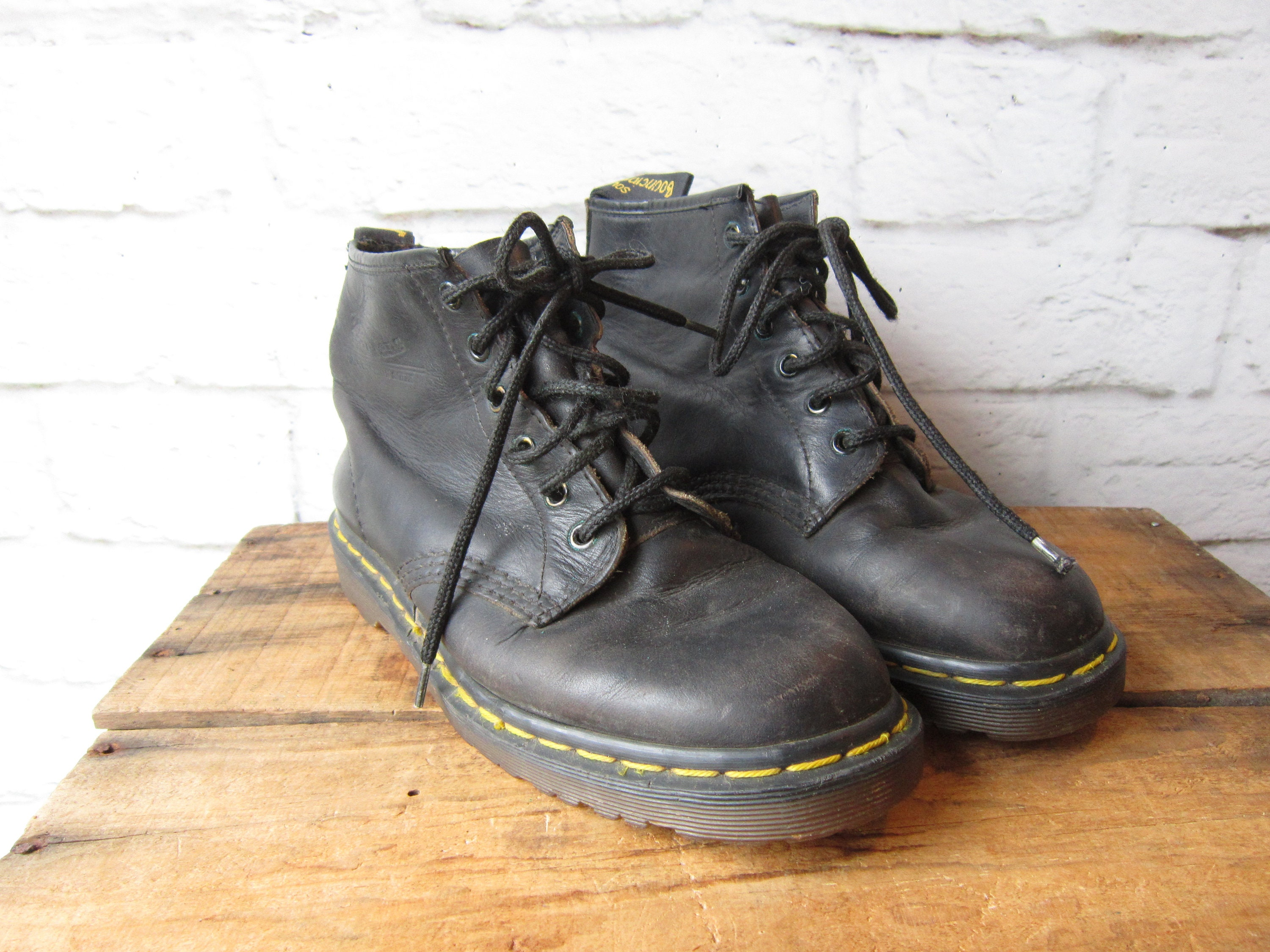finest selection new release new products dr martens 101 vintage