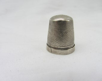 30x SILVER TONE Metal SEWING THIMBLES Closed Top Dressmakers Tailor Thimble UK