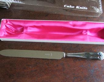 Vintage cake knife, anniversary, wedding cake, ornate silver plate handle. Unused. Downton Abbey, wedding shower, silver wedding