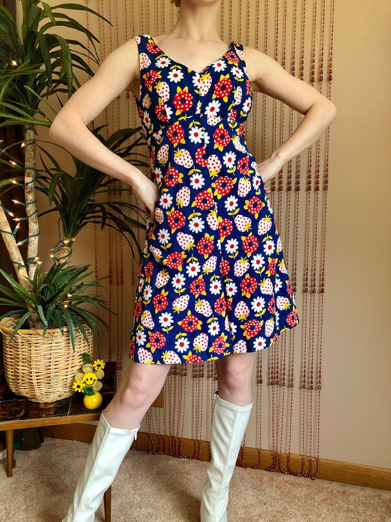 1960s Floral & Strawberry Print Romper With Pocket