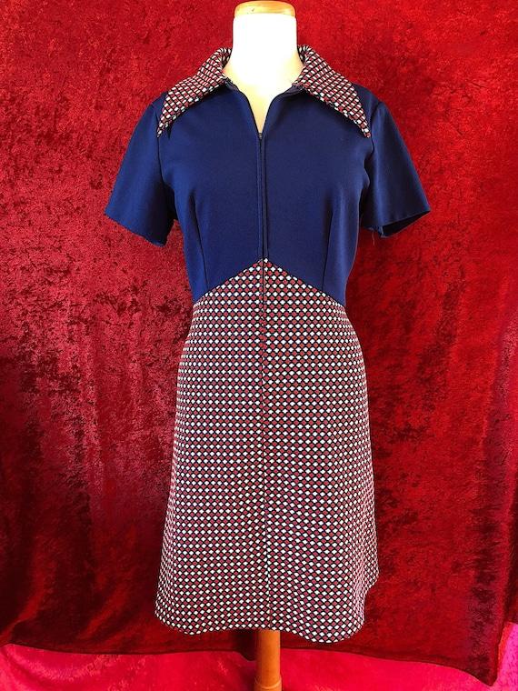 1970s Red, White & Blue Dagger Collar Mini Dress