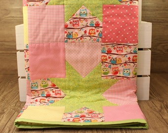 Patchwork Baby Quilt - Green Stars