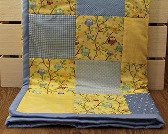 Patchwork Baby Quilt - Yellow Owls