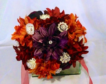 Fall wedding bouquet with brooches